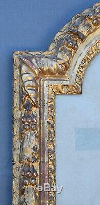 ANCIEN CADRE STYLE LOUIS XIII EN bois stuqué doré XVIII ème feuilles de houx