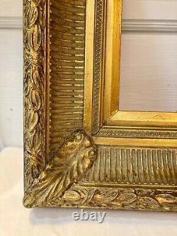 Beau cadre en bois doré à canaux. Style 19eme. Epoque XXème. 25,5 X 21 cm