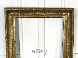 Cadre Ancien A Canaux En Bois Et Stuc Doré Pour Peinture 56 CM X 47 CM