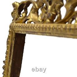 Cadre Ancien de 1880 en bois sculpté, ajouré et doré Feuillure 25x20 cm