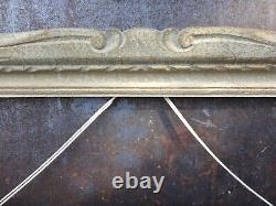 Cadre Montparnasse ancien à patine blanche et doré 74 cm x 65,5 cm (2)