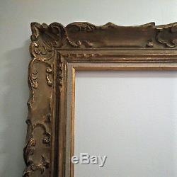 Cadre bois doré sculpté à la main, patiné, Montparnasse 42 x 54 cm. Frame wood