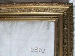 Cadre en bois XIXème Bois et stuc doré 52 x 62 65,5 x 54,5