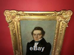 Charmant portrait d'homme d'époque XIXe avec son cadre en bois doré
