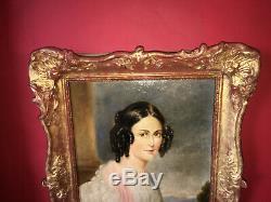 Charmant portrait de dame d'époque XIXe signé Cadre en bois doré