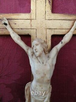 Christ En Os Cadre Bois Doré XIXeme dans le gout du XVIIeme 19th Bone