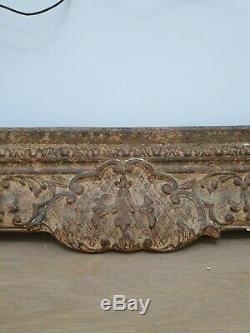 Grand Cadre Régence à clefs en bois et stuc doré
