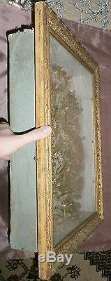 Grand cadre doré Souvenir de communion fleurs cire et tissu & images pieuses