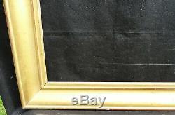 N° 652 CADRE Epoque XIXème bois doré à la feuille pour chassis 74 x 59.5 cm