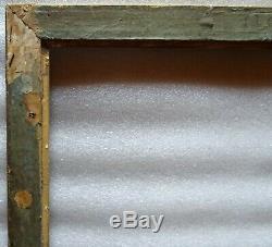 N° 678 CADRE Epoque Empire en bois et stuc doré pour chassis 65 x 54 cm