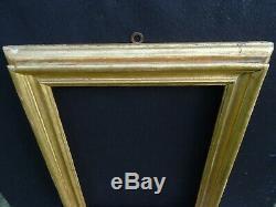 N° 693 Cadre en Bois sculpté doré XVIIIème siècle pour chassis 43,3 x 32,4 cm