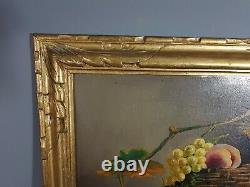 Nature morte aux raisins et pêches, cadre bois doré, Signée Leroy Vers 1900 S47