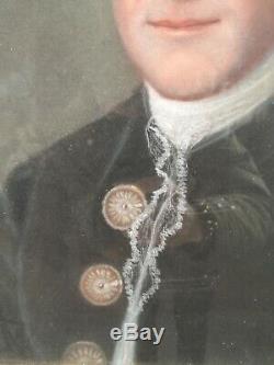 PORTRAIT DE NOTABLE DESSIN AU PASTEL FIN XVIIIème CADRE EN BOIS DORÉ