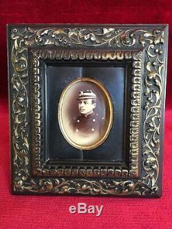 Paire CADRES PHOTOS MINIATURES XIX ème NAPOLÉON III Noir et Or Portraits