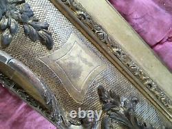 Paire de grands cadres bois doré et stuc 19e siècle, style louis XV