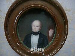 Portrait miniature d'un homme de qualité, cadre bois doré, XIXème siècle