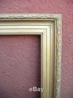 Superbe cadre en bois et stucs dorés de style Louis XVI Format 20P